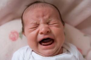 tanda-tanda bayi tidak mendapat susu secukupnya